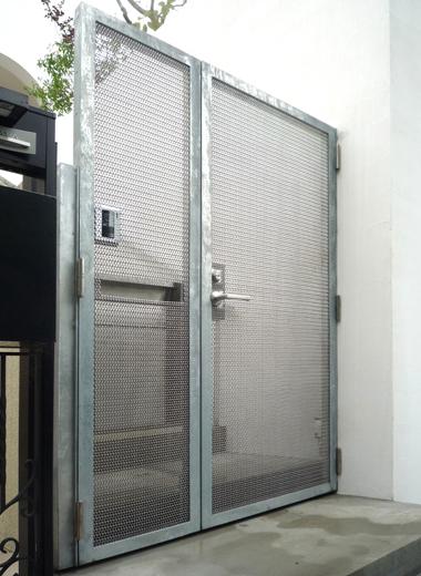 家の門扉 Bタイプ金網の装飾